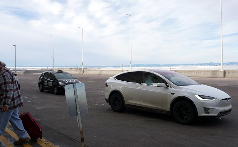 Ready to drop off our Model X at the airport (after a thorough car wash)