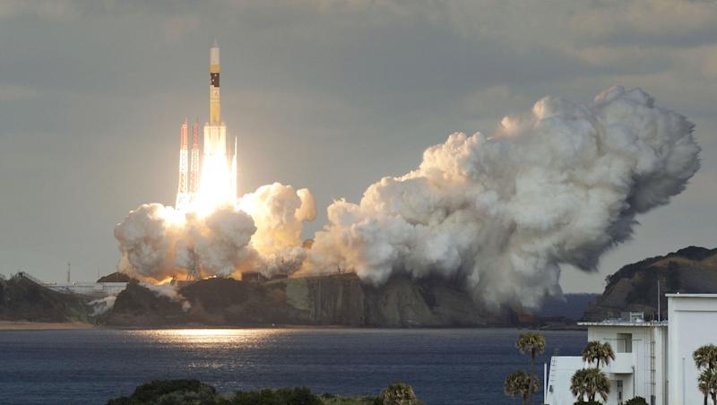 Japan launches satellite to modernise military communications
