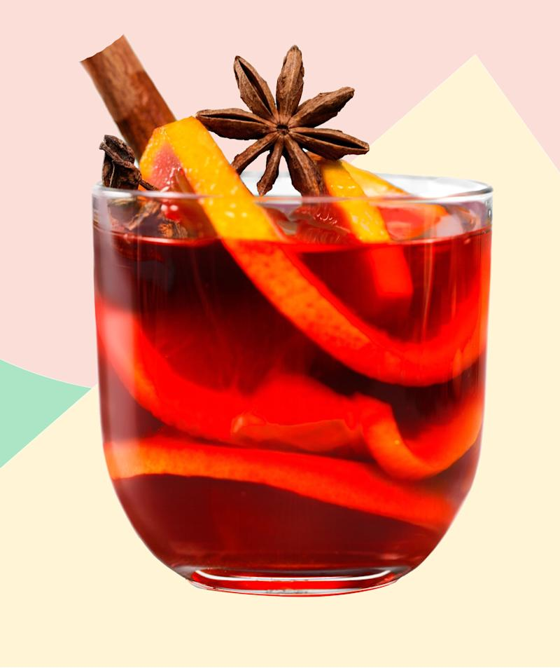 Mulled Wine Is the Drink of the Fall—Here's How to Make It