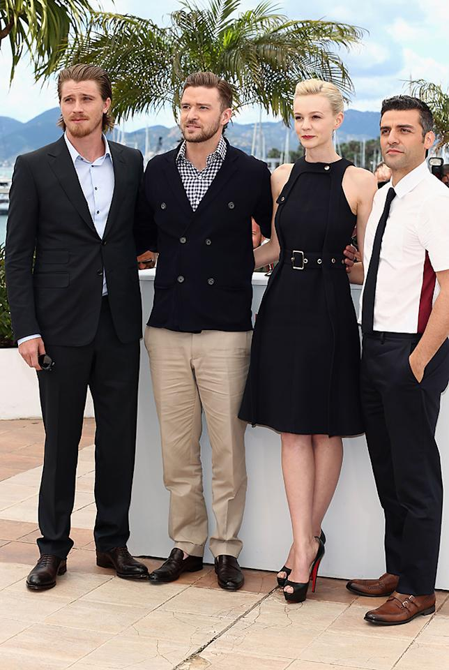 CANNES, FRANCE - MAY 19:  (L-R) Actor Garrett Hedlund, actor Justin Timberlake, actress Carey Mulligan and actor Oscar Isaac attend the 'Inside Llewyn Davis' photocall during the 66th Annual Cannes Film Festival at the Palais des Festivals on May 19, 2013 in Cannes, France.  (Photo by Andreas Rentz/Getty Images)