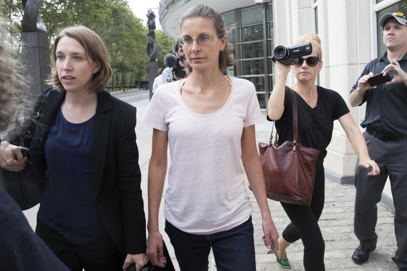 Nxivm: Seagram liquor heiress arrested in alleged sex cult case