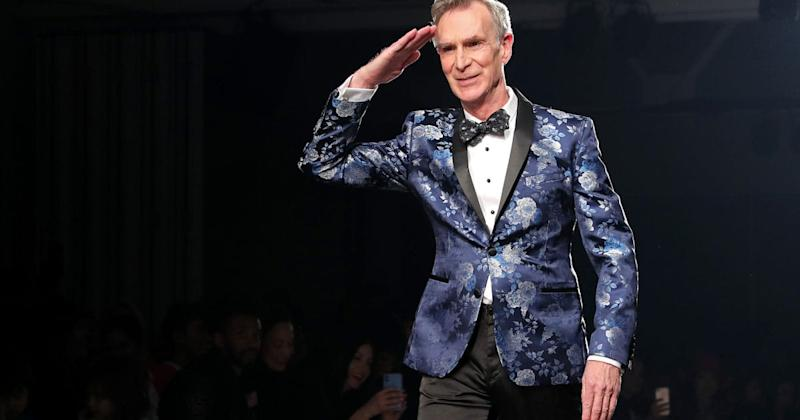 People Are Loving This Video Of Bill Nye Dancing To Lizzo At A Fashion Show