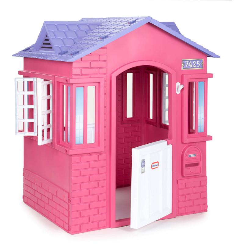 Little Tikes Princess Cottage Playhouse. (Photo: Walmart)