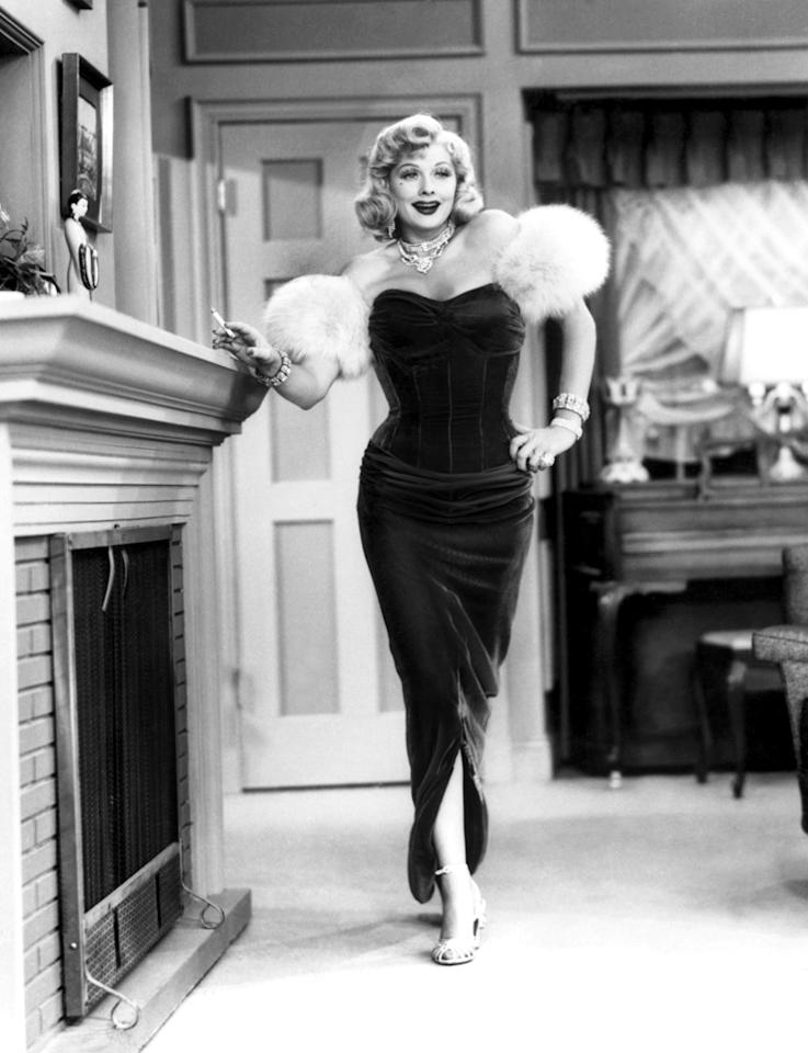"Lucille Ball dolled up like Marilyn Monroe in a 1954 episode of ""<a href=""http://tv.yahoo.com/i-love-lucy/show/31179"">I Love Lucy</a>."""