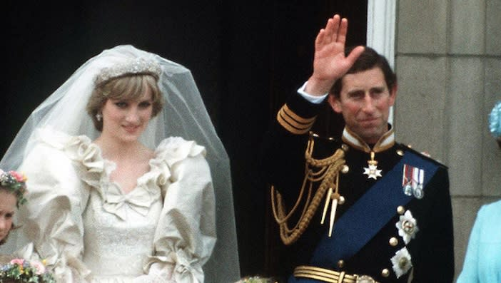 43e279621a2 This strange detail in all of Prince Charles and Princess Diana s photos is  blowing our minds