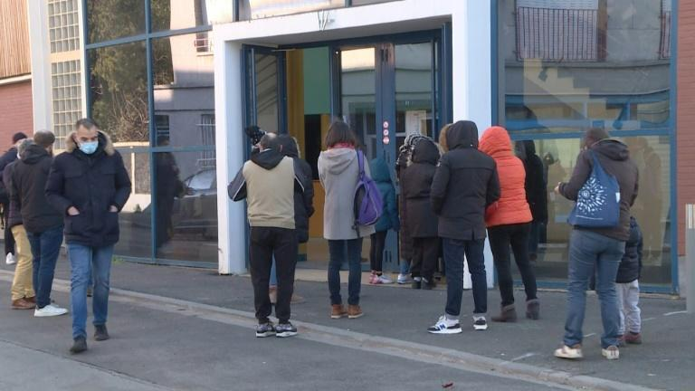 French town's residents queue for Covid test after UK variant detected