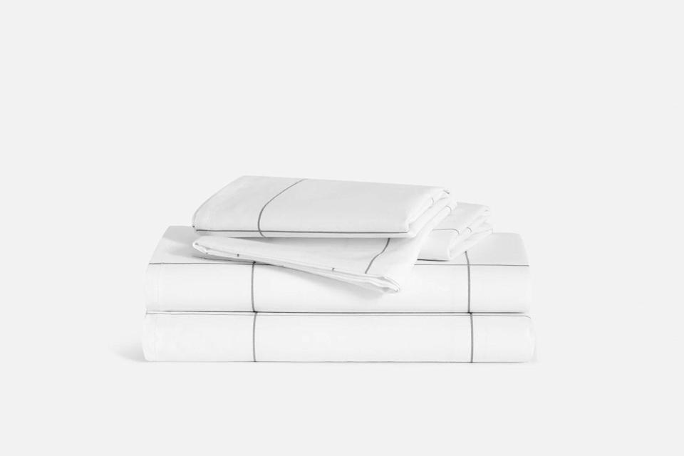 White striped bed sheets