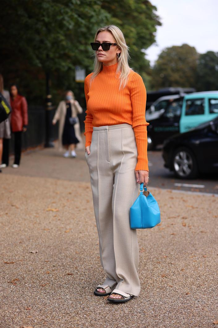 <p>Khakis and brights make a decidedly cool combo. </p>