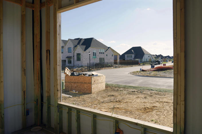 New homes under construction in Frisco, Texas, on Aug. 12, 2021. (Tony Gutierrez / AP file)
