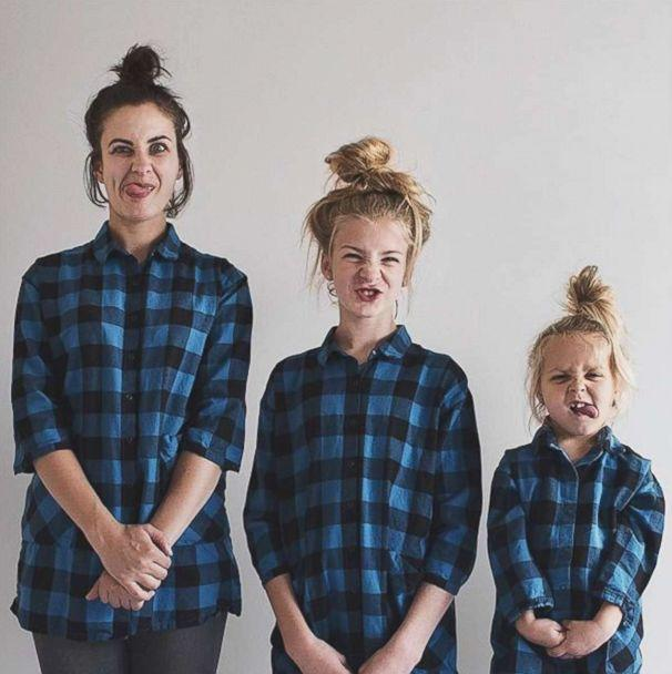 PHOTO: Dominique Davis and her daughters Penny, 4, and Amelia, 11, post a weekly photo of themselves dressed alike. (Dominique Davis/AllThatIsShe)