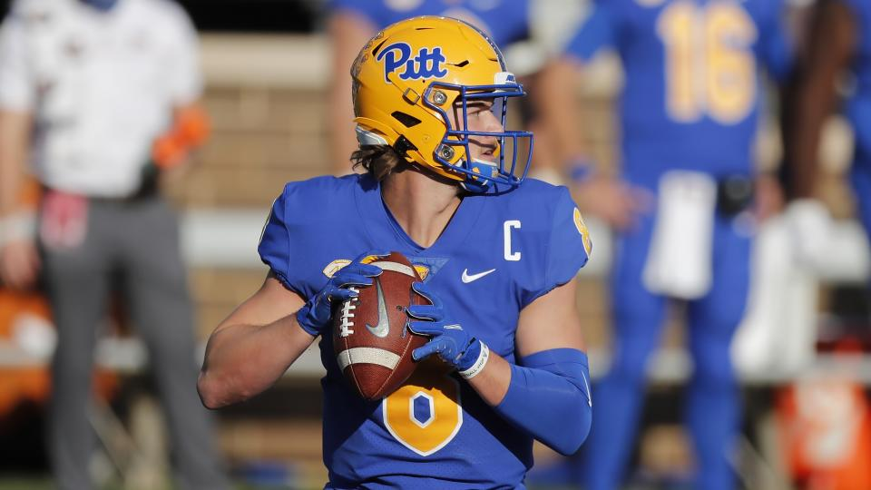 Before his ankle injury, Pittsburgh quarterback Kenny Pickett was having a strong 2020 season. (AP Photo/Michael Dwyer)