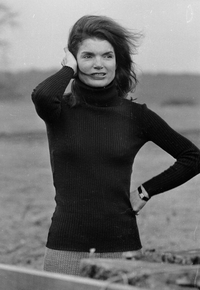 Jacqueline Kennedy Onassis | David Cairns/Express/Getty