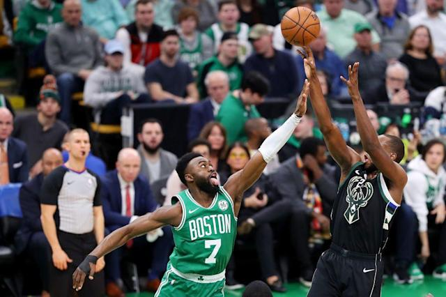 "<a class=""link rapid-noclick-resp"" href=""/nba/players/5073/"" data-ylk=""slk:Khris Middleton"">Khris Middleton</a> got the best of Jaylen Brown in their first-round series last season. (Getty Images)"