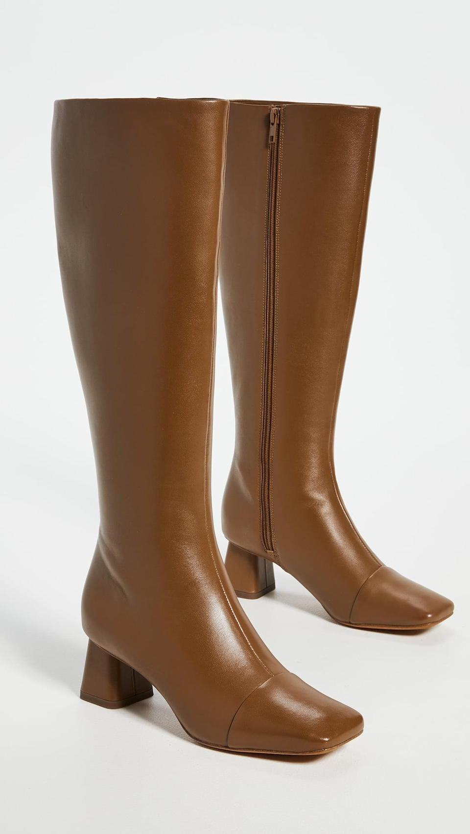 <p>These <span>Vince Kellen Boots</span> ($238, originally $595) are so chic. </p>