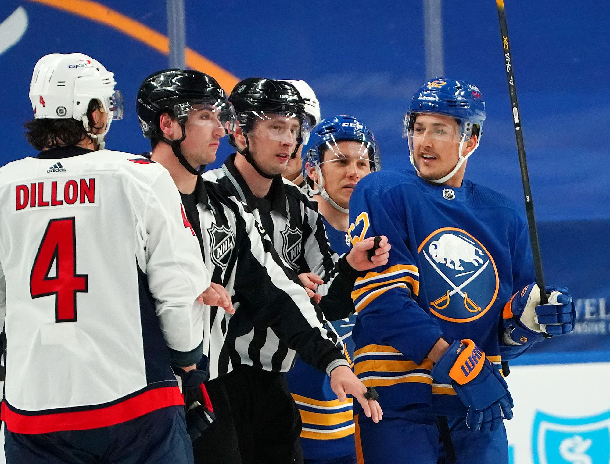 Panthers acquire Brandon Montour from selling Sabres