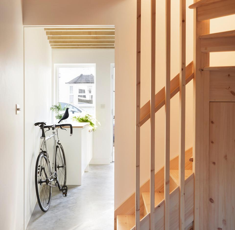 The home sits on a wedge-shaped piece of land in Nunhead (ALMA-NAC/Jack Hobhouse)