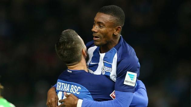 <p>Super-sub Salomon Kalou seals Hertha Berlin comeback vs. Hamburg</p>