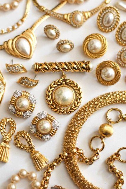 """<p>Canadian founder of Emma London Vintage Emma LeGallais 'source[s] luxury vintage jewellery for the contemporary girl...carefully selected so that each piece can be built upon and layered with another.'</p><p>'I'm still in awe of the jewellery we find – it's so incredible to know that a piece of jewellery in our collection can be 70 years old and still look beautiful and brand new. We have vintage pieces from designers like Givenchy, Christian Dior and Oscar de la Renta.'</p><p><a class=""""link rapid-noclick-resp"""" href=""""https://www.etsy.com/ca/shop/EmmaLondonVintage?section_id=1&page=1%23items"""" rel=""""nofollow noopener"""" target=""""_blank"""" data-ylk=""""slk:SHOP EMMA LONDON VINTAGE NOW"""">SHOP EMMA LONDON VINTAGE NOW</a></p>"""