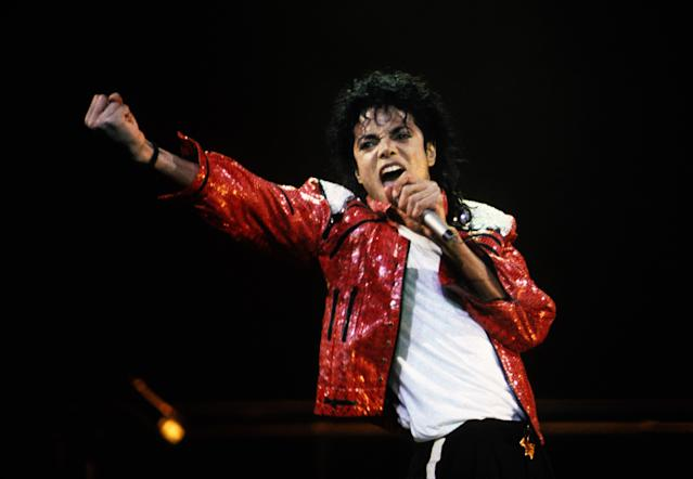 Michael Jackson performs in concert in 1986. (Photo: Kevin Mazur/WireImage)