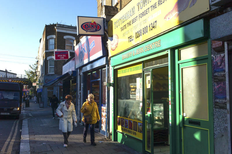 Shops on West Green Road, which has been named the 'Unhealthiest' in London on November 02, 2018 in London, England. | Dan Kitwood—Getty Images