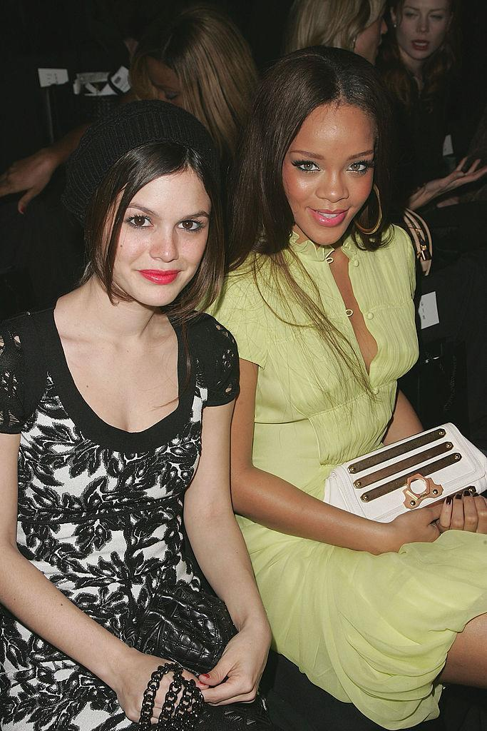 <p>Rachel Bilson and Rihanna looking tight at Zac Posen. <i>(Peter Kramer/Getty Images for IMG)</i></p>