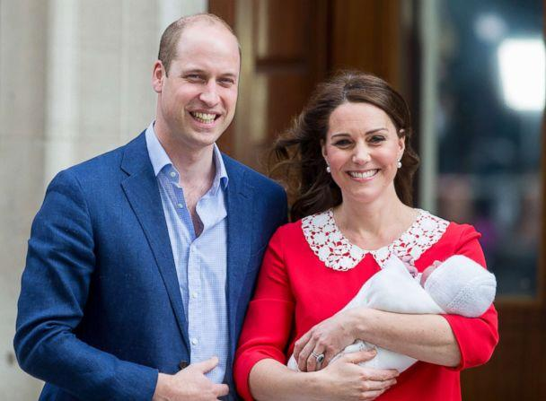 PHOTO: Prince William and Kate depart the hospital with the new baby boy at the Lindo Wing in St Mary's Hospital, April 23, 2018, in London. (Ian Jones/Allpix/Splash News)