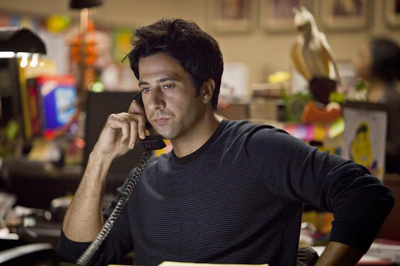 """In this image released by Starz, Troy Garity portrays reporter Sam Miller in the first season of the Starz original series, """"Boss.""""  Garity relishes his role as Sam Miller, who, promoted from reporter for the scrappy Sentinel last season, now runs it. The second season of the popular cable series premieres Aug. 17, at 9p.m. EST on Starz.  (AP Photo/Starz, file)"""