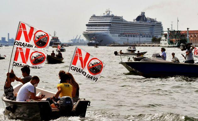 TOPSHOT - Environmental protesters from the