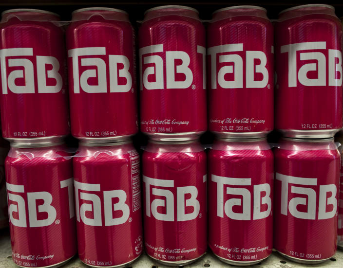 Cans of Tab.