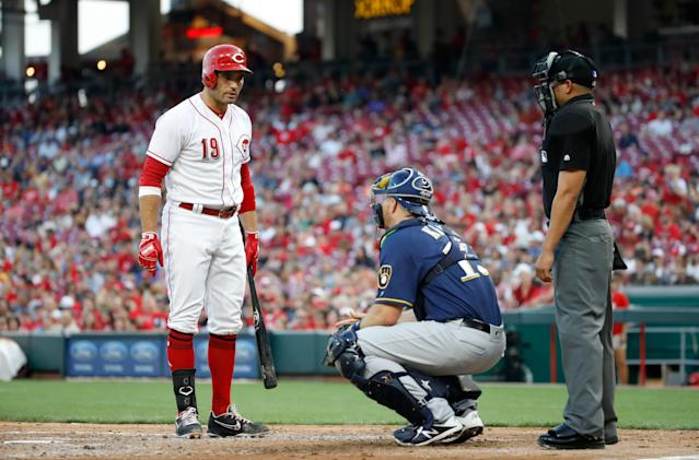 Joey Votto and Erik Kratz exchanged words Thursday. (Getty Images)