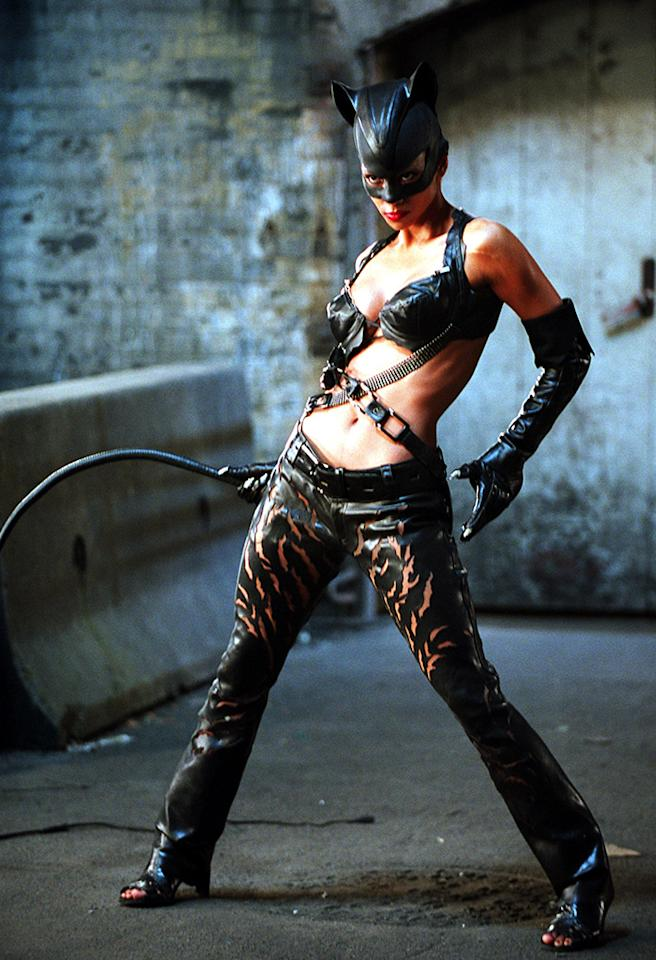 "<b>Halle Berry: ""Catwoman""</b><br />Trainer Harley Pasternak had the opposite of his work cut out for him when it came to training the uber-fit Halle Berry for her role in the 2004 film ""Catwoman."" ""I knew Berry would have to be elegant, sexy, strong — and elusive like a cat. But how was I going to take one of the best bodies in Hollywood and make it even better?"" he wrote last in year in a People magazine blog. But there was one challenge: squeezing in her workouts during her lunch breaks on set. Pasternak created a non-stop cardio/resistance exercise circuit that allowed Berry, he says, ""to do more in the least amount of time."" Nine years later, the Oscar winner still looks like she's in Catwoman shape … even while 46 and pregnant!<br />"