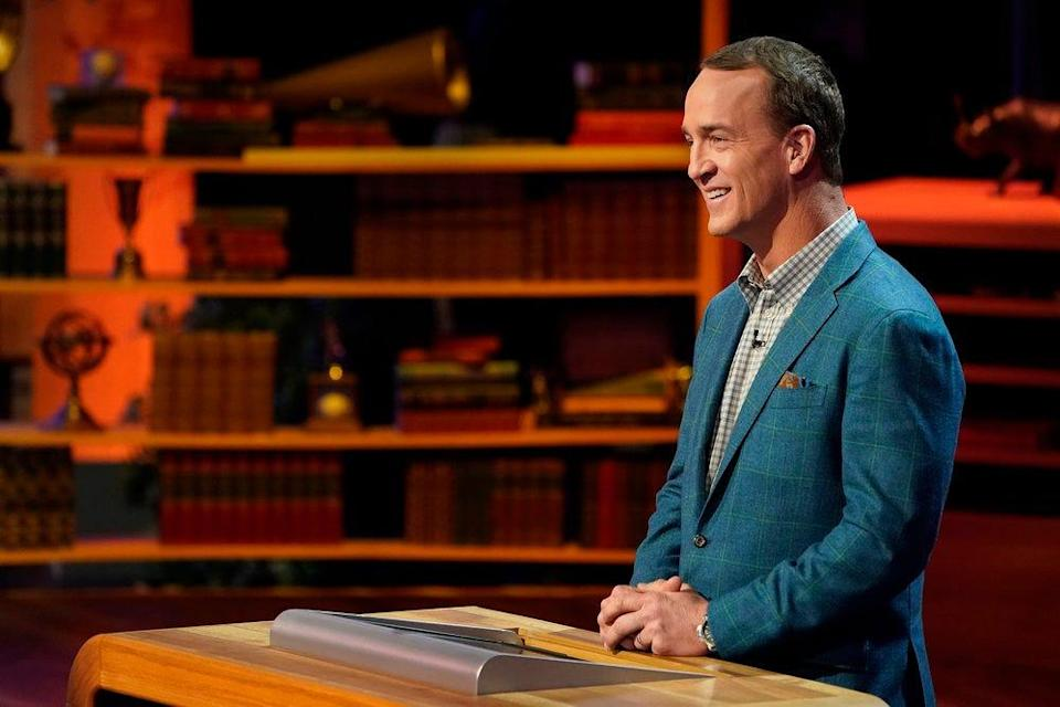 """Peyton Manning is the new host of """"College Bowl."""""""
