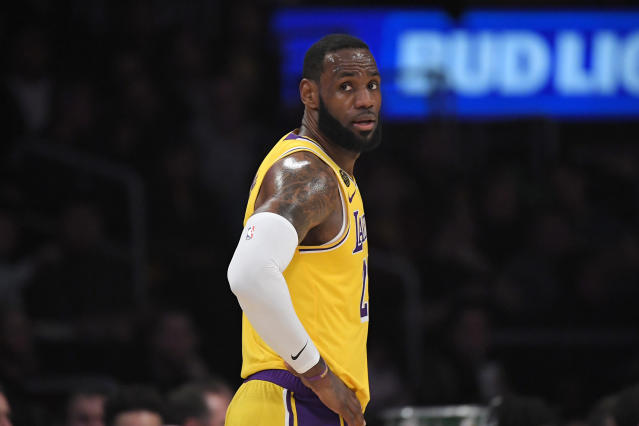 LeBron James' reverse windmill dunk results in stunning photo of the year candidate