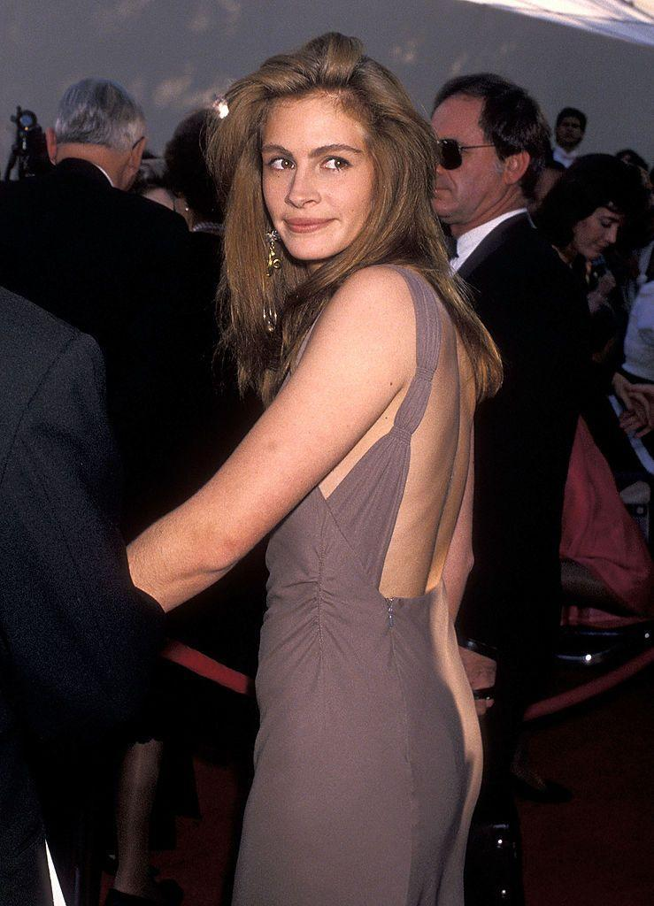 <p>In 1990, Roberts attended her first Oscars - for which she was nominated for Best Supporting Actress in Steel Magnolias. She attended with boyfriend at the time Kiefer Sutherland. </p>