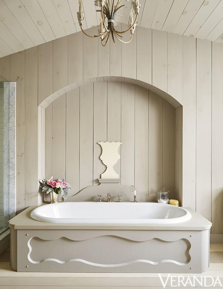 "<p>Designer <a rel=""nofollow"" href=""http://www.nh-design.co.uk/staff/colette-van-den-thillart/"">Colette van den Thillart</a>'s charming cabin in the Canadian hinterlands is filled with creamy beige hues — as in this charming bathroom, where the neutral tub matches the wall's shiplap. The fittings are by <a rel=""nofollow"" href=""http://usa.lefroybrooks.com/"">Lefroy Brooks</a>. </p>"