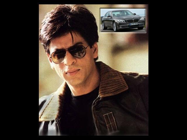 <strong>SRK's gift for many! </strong> <p>Shah Rukh Khan is not only the king of bollywood but also the king of many hearts. His friends consider him to be a superb friend and talk of his enormous generosity. Even though his movie <em>Ra. One</em> was not a huge success, he gifted 5 members of the film's team brand new BMW7 series sedan cars which costed him approximately 1 crore each. The lucky recipients included south superstar Rajnikant, Arjun Rampal and Anubhav Sinha. In the past too, he gifted his close friend Farah Khan a Hyundai SUV when their film <em>Main Hoon Na</em> released and a Mercedes Benz E Class on the release of their next film <em>Om Shanti Om</em>.</p>