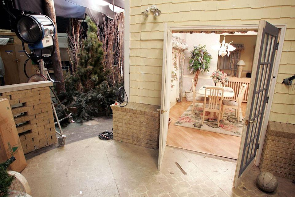 <p>The pool in the backyard was shot on location—not in the studio. But the set featured fake greenery and lights to make the exterior seem more real.</p>