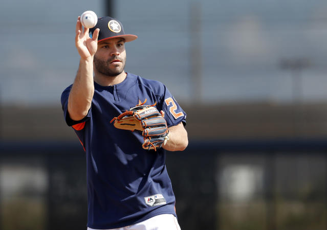 Keep your focus when the bidding gets to Houston overlord Jose Altuve (AP/Jeff Roberson)