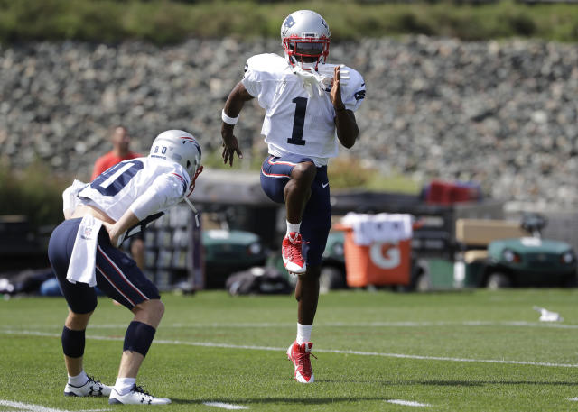 It's unclear if Antonio Brown will play Sunday for the Patriots. (AP)
