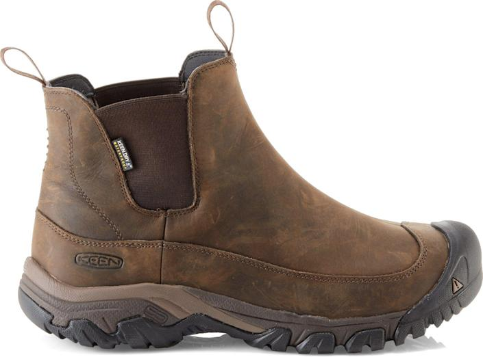 """<p><strong>KEEN</strong></p><p>rei.com</p><p><a href=""""https://go.redirectingat.com?id=74968X1596630&url=https%3A%2F%2Fwww.rei.com%2Fproduct%2F120477&sref=https%3A%2F%2Fwww.popularmechanics.com%2Fadventure%2Foutdoor-gear%2Fg30361215%2Frei-end-of-year-sale%2F"""" rel=""""nofollow noopener"""" target=""""_blank"""" data-ylk=""""slk:Shop Now"""" class=""""link rapid-noclick-resp"""">Shop Now</a></p><p><del>$149.25</del><strong><br>$119.93</strong></p><p>Between the waterproof membrane, lightweight insulation, and durable sole, these boots are perfect for walkin' (or, okay, hikin') in a winter wonderland. </p>"""
