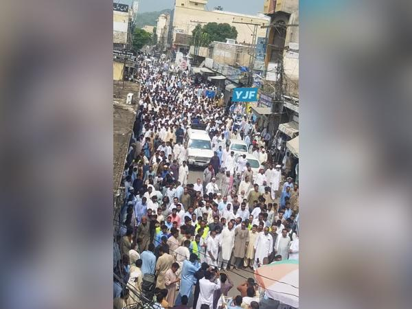 Protest rally in Dadyal city of PoK against the load shedding and human rights violations committed by Pakistan. Photo/ANI