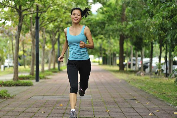 <b>Beauty tip 9: Go for a brisk walk </b><br>A brisk walk is an excellent way to boost your circulation and get beautiful glowing skin. Walking improve your sleep, enhance mental function, and help to counteract depression. This will all reflect in your complexion as you appear happier and healthier. You might be able to get rosy cheeks from a pot of blusher, but you won't get the beautifully natural glow of flushed, healthy skin by using a makeup palette.