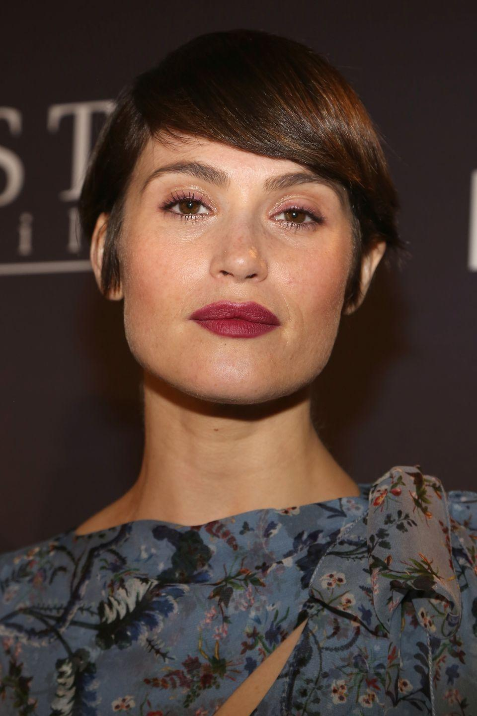 <p>With a jawline like that it's no surprise Gemma Arterton just persuaded us that a bowl cut was a good idea.</p>