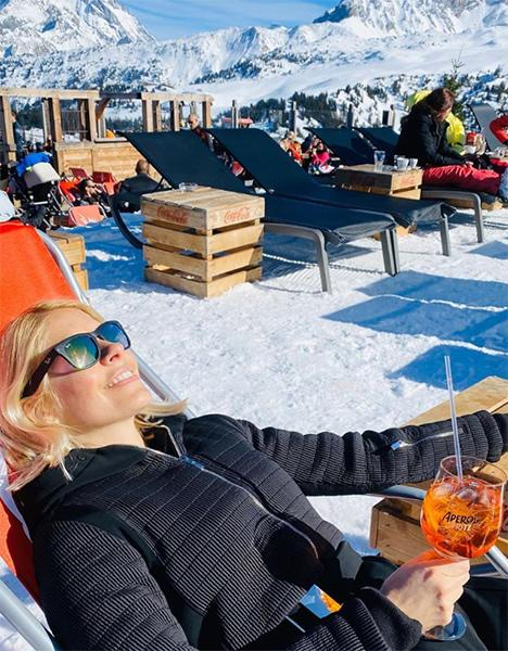 holly-willoughby-aperol