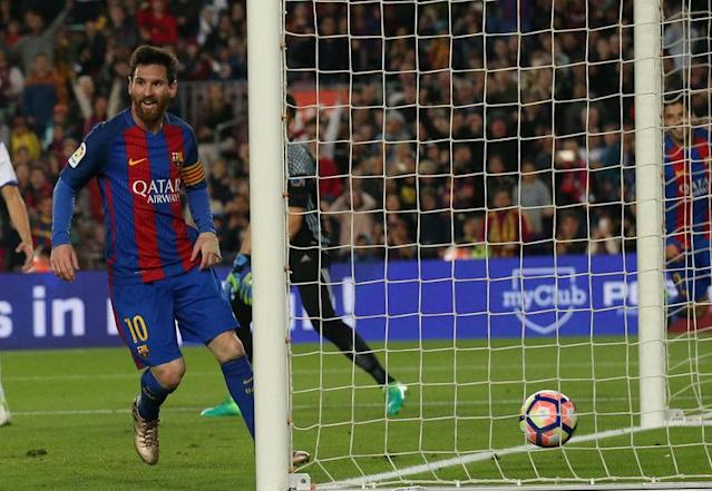 Messi décisif/Photo prise le 15 avril 2017/REUTERS/ALBERT GEA