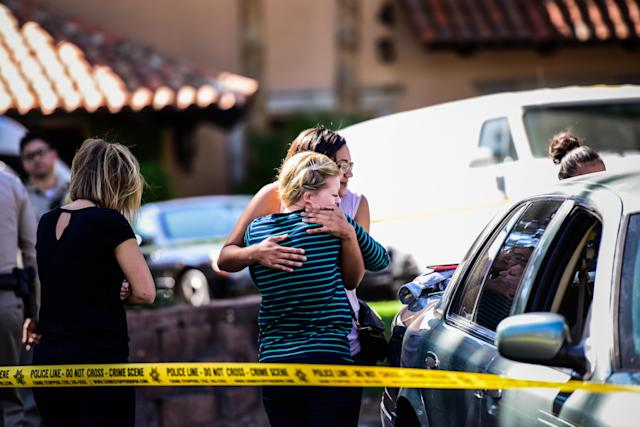 People on Wednesday pick up their cars from the venue where the Las Vegas mass shooting occurred. (Photo: Salwan Georges/The Washington Post via Getty Images)