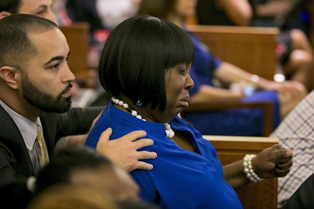 Ursula Ward, mother of the victim, reacts to the guilty verdict for former NFL player Aaron Hernandez during his murder trial at the Bristol County Superior Court in Fall River, Massachusetts, April 15, 2015. Hernandez, 25, a former tight end for the New England Patriots, is convicted of fatally shooting semiprofessional football player Odin Lloyd in an industrial park near Hernandez's Massachusetts home in June 2013. REUTERS/Dominick Reuter TPX IMAGES OF THE DAY