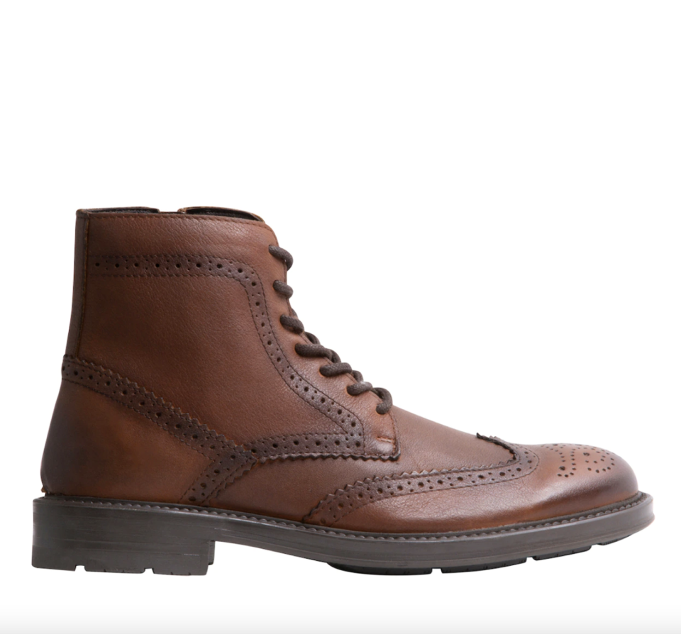 brown leather Steve Madden Proctor Boots with laces