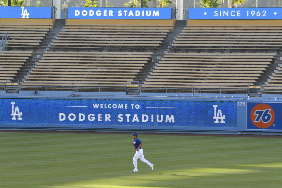 LOS ANGELES, CA - JULY 14: Los Angeles Dodgers shortstop Corey Seager (5) warms up during a summer workout in preparation for a shortened MLB season during the coronavirus (COVID-19) pandemic on Tuesday, July 14, 2020 at Dodger Stadium in Los Angeles, California. (Photo by Brian Rothmuller/Icon Sportswire via Getty Images)