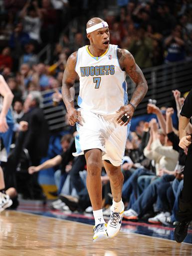 Nuggets hold off Timberwolves in OT, 103-101